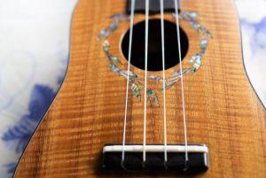 I'iwi ukulele 表板交換修理