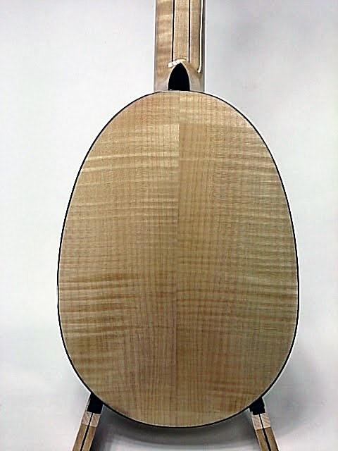 スプルース・カーリーメイプル・パイナップル・ロングネック裏板